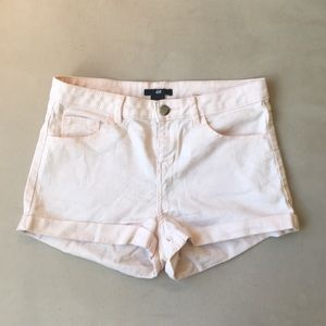 H&M pale pink jean shorts